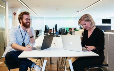Tim and Edith work extra at Nordnet during their law studies